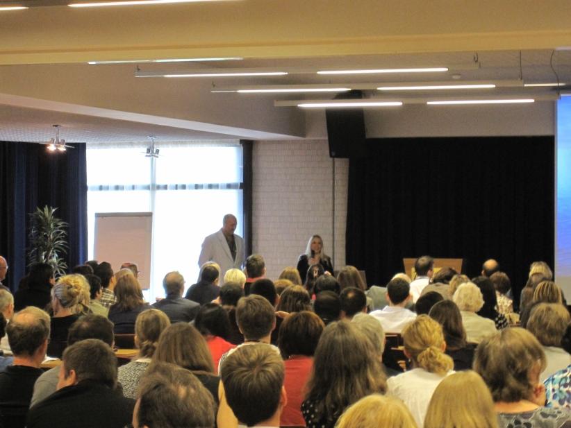 Conference-06-01-lt-presentation02.jpg