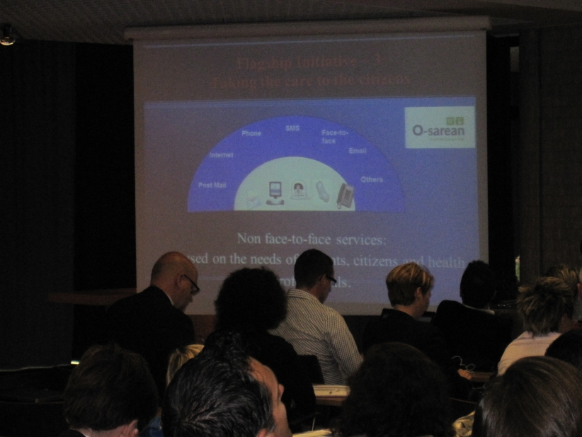 Conference-08-01-es-presentation02.jpg