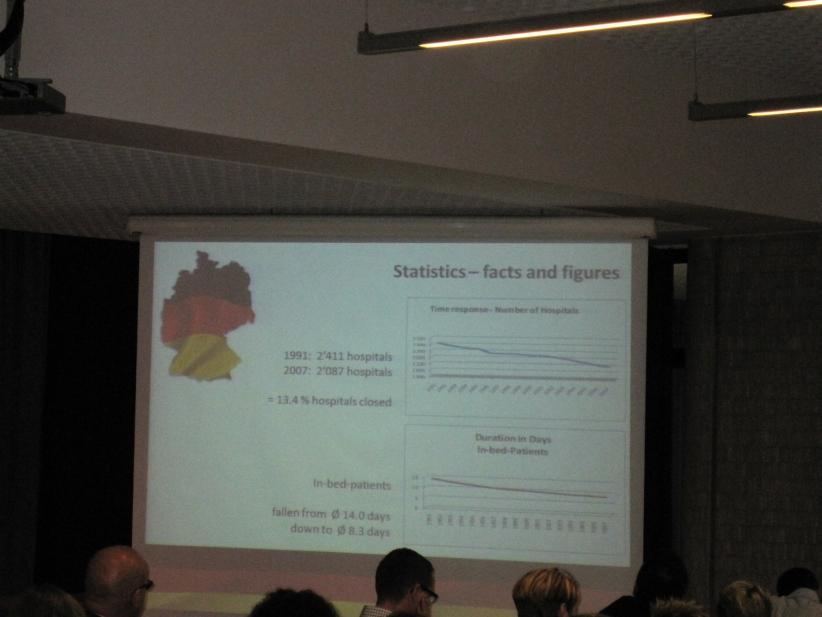 Conference-12-01-de-presentation01.jpg
