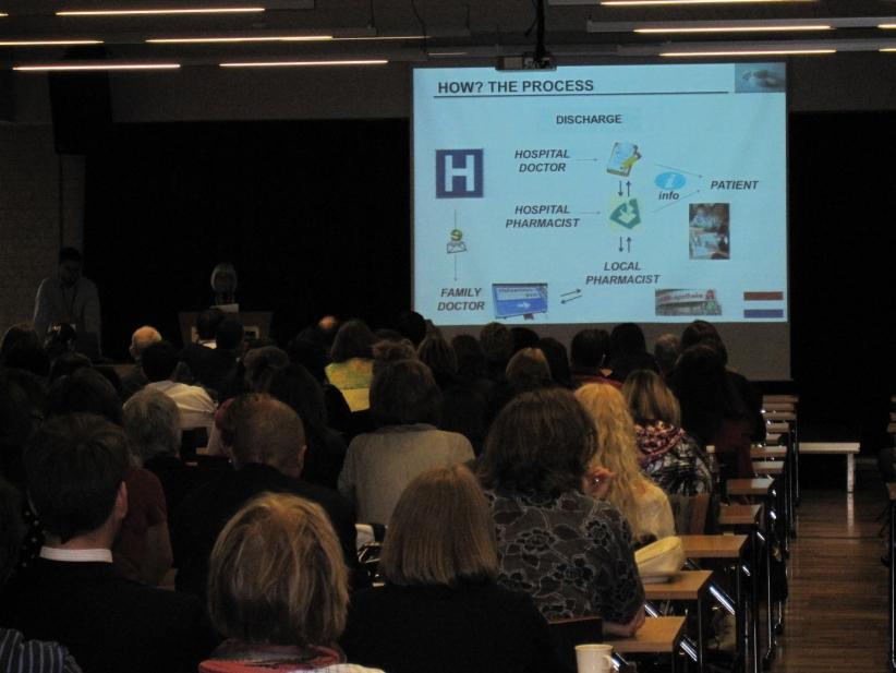 Conference-13-01-nl-presentation01.jpg